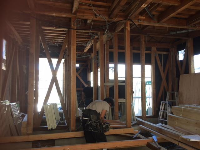 昔も今も丈夫な家は大工さんが作ります。