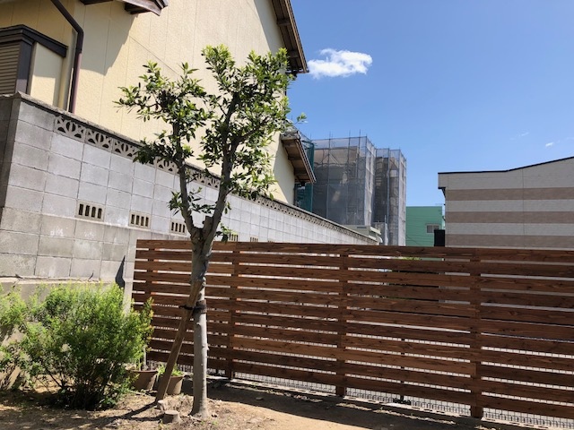 蒲郡市の実家リノベーション、ウッドフェンスも完成して庭時間もますます楽しみなお宅になりました