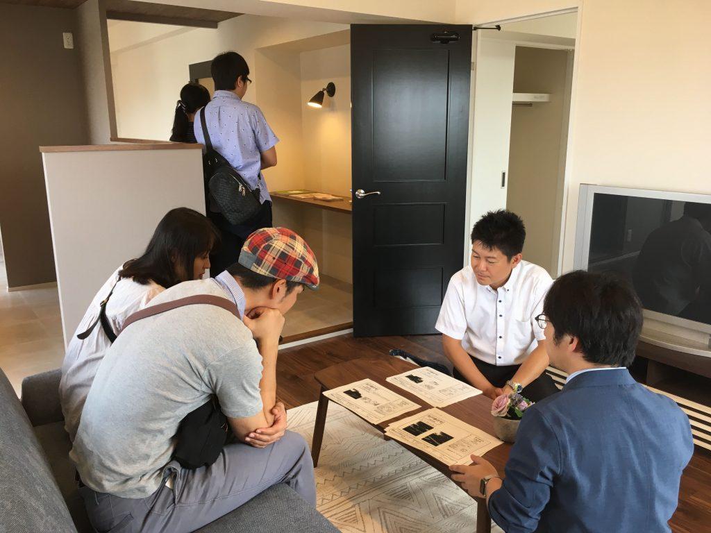 豊橋市のマンションリノベーションで完成見学会を行いました。