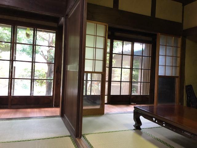 床と畳を替えて、風と光の通る、心落ち着く古民家暮らし