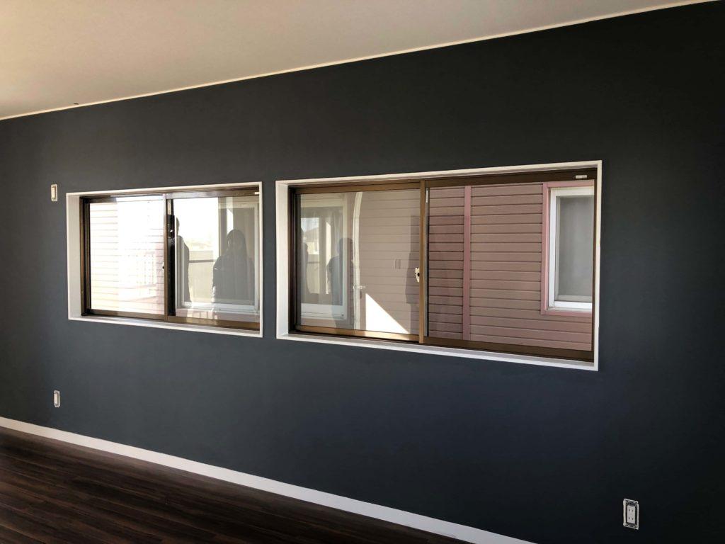 二階の寝室は施主ご夫婦が自ら塗装をされました。見事な仕上がりです。
