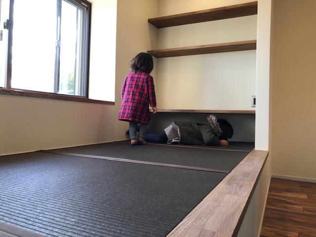 猫も子供も喜ぶ畳コーナー