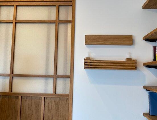 神棚を新調、部屋の雰囲気に合わせてタモのオイル塗装品です