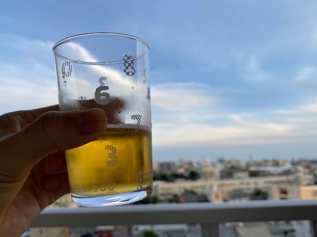 バルコニーでビアガーデン、リノベで家飲みも楽しい毎日