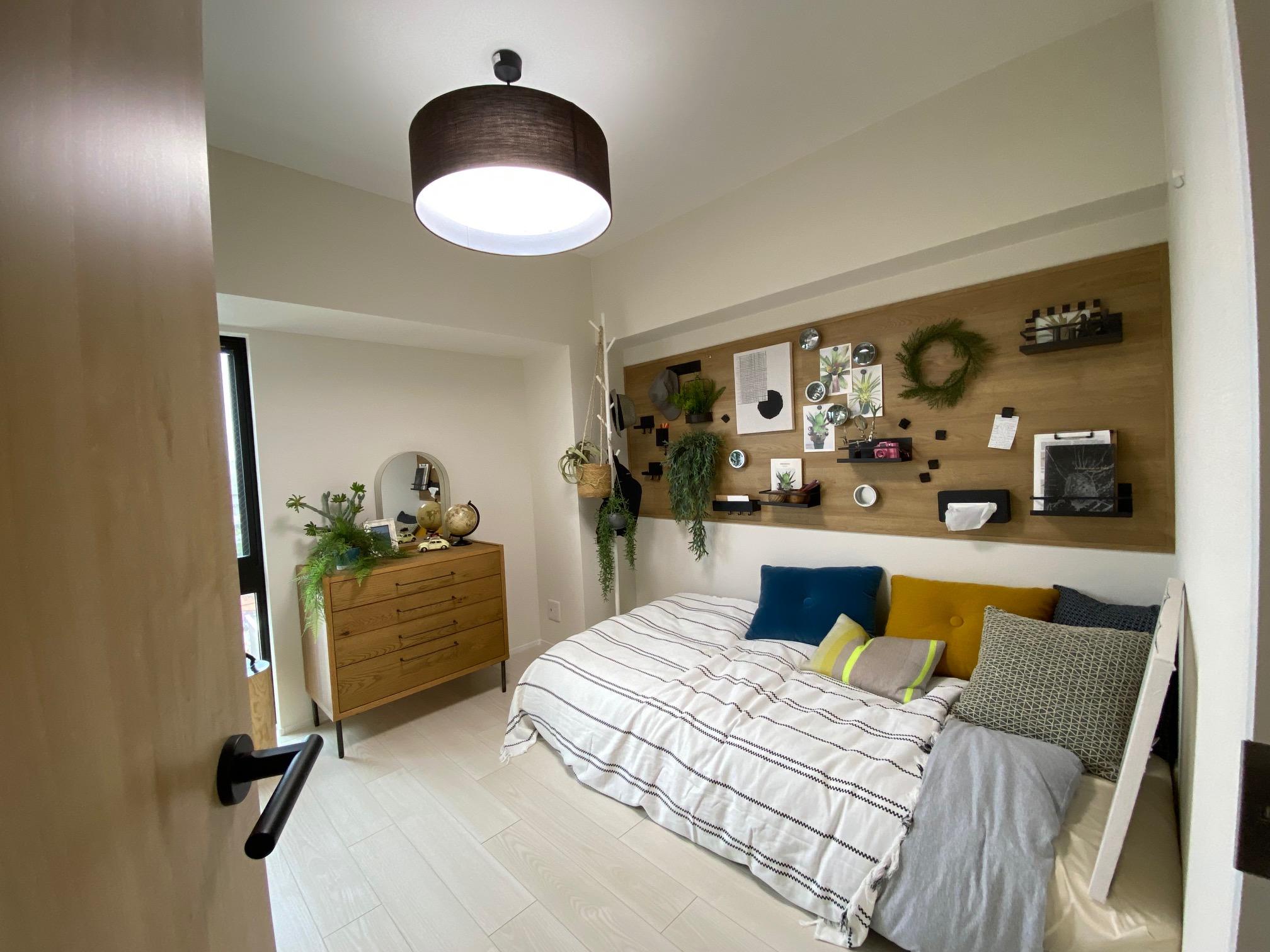 パナソニックのマンションリノベーション、個室の壁にマグネットボードがかっこいい